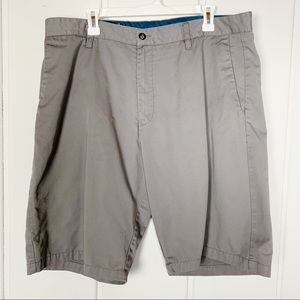 Volcom Grey Men's Shorts Size 38